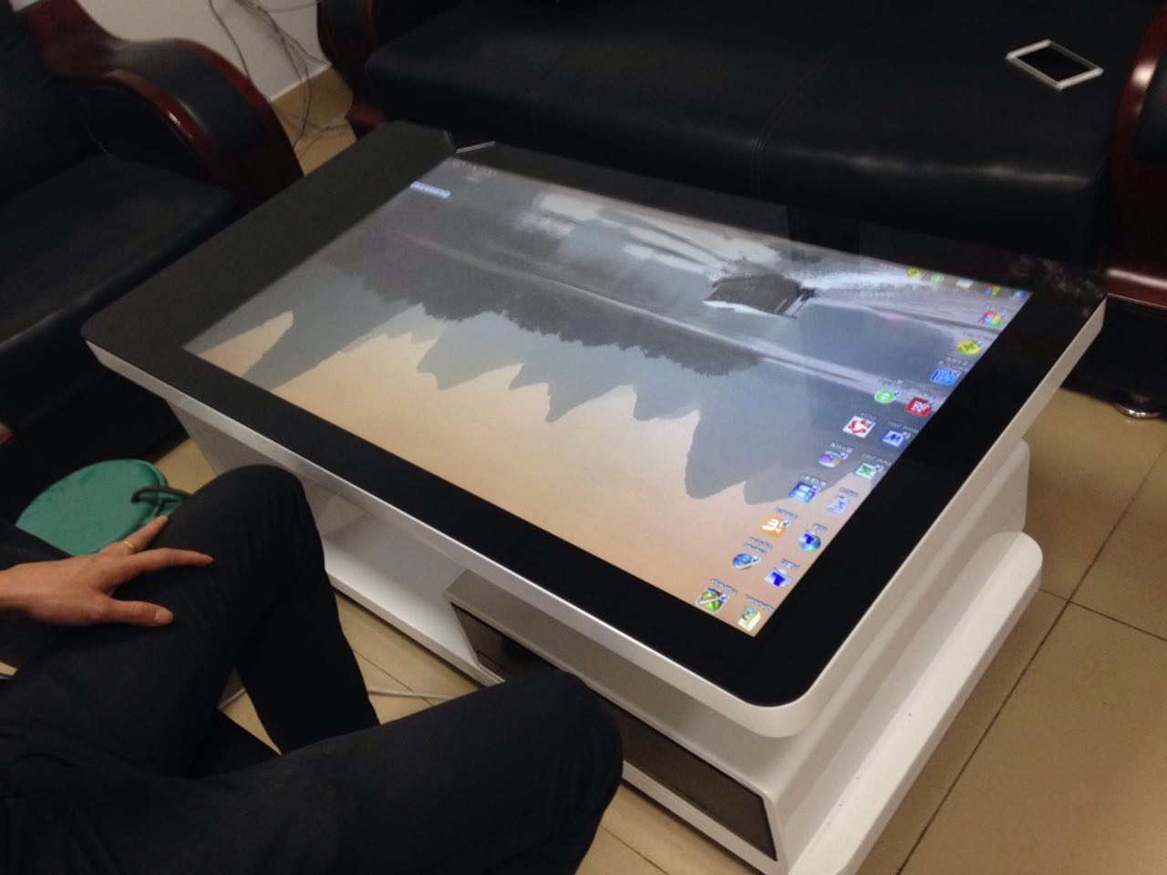 42 inch Capacitive touch smart tea table
